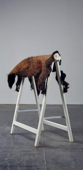 sculpture poils porc